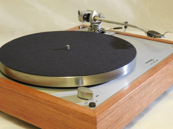 Custom Thorens TD-160 Super Reproduction, Rewired SME 3009 arm, Brazilian Cherry Plinth 01