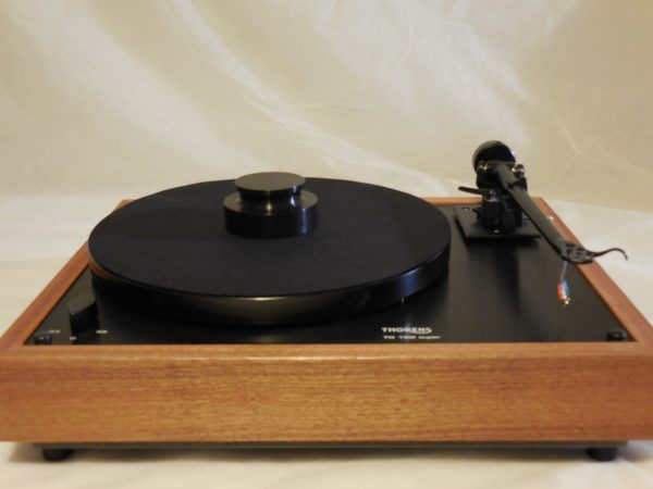 Thorens TD-160 Super Reproduction, Midnight Edition (ME), Upgraded Rega (Moth) RB-202 arm, Sapele plinth 04