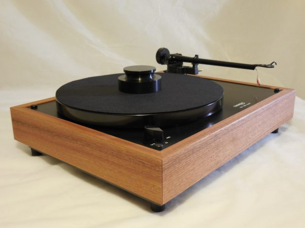 Thorens TD-160 Super Reproduction, Midnight Edition (ME), Upgraded Rega (Moth) RB-202 arm, Sapele plinth 02
