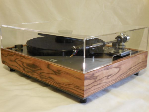 Thorens TD-160 Super Reproduction, Midnight Edition (ME), new SME m2-9 arm, Caribbean Rosewood plinth 04