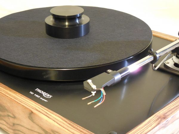 Thorens TD-160 Super Reproduction, Midnight Edition (ME), new SME m2-9 arm, Caribbean Rosewood plinth 09