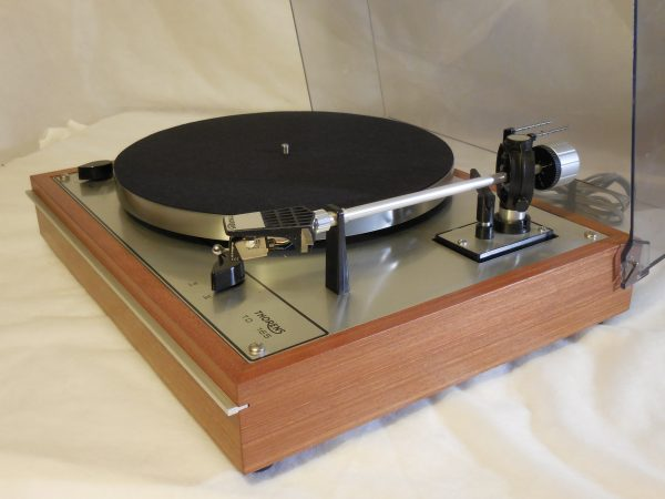Starter Package!  Vintage Thorens TD-165 Turntable, w/used Stanton cartridge, new stylus 02