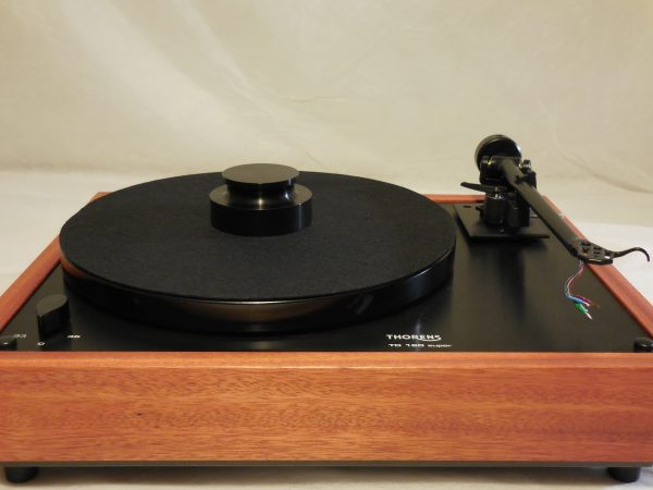 Thorens TD-160 Super Reproduction, Midnight Edition (ME), Upgraded Rega (Moth) RB-202 arm, Bloodwood Plinth 01