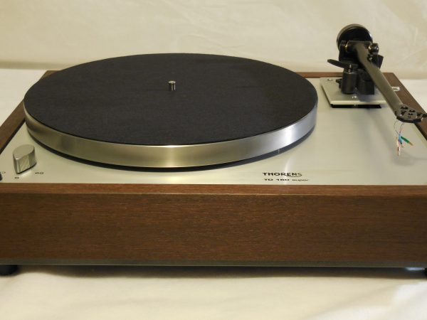 Thorens TD-160 Super Reproduction, Upgraded Rega (Moth) RB-202 arm, Peruvian Walnut Plinth 03