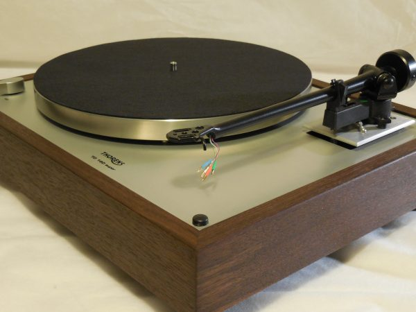 Thorens TD-160 Super Reproduction, Upgraded Rega (Moth) RB-202 arm, Peruvian Walnut Plinth 01