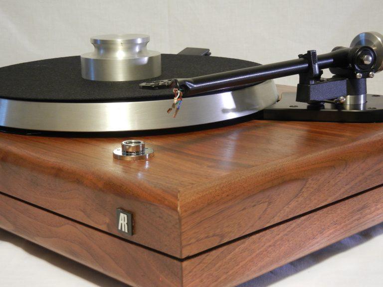Gorgeous Ar Es 1 In Walnut Rega Rb 300 Extras Vinyl