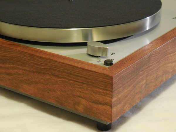 Thorens TD-160 Super Reproduction, new SME M2-9 arm, custom Caribbean rosewood plinth 02