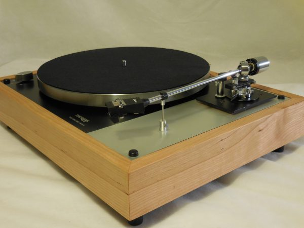 Gorgeous Thorens TD-160BC Mkii in Quarter-sawn cherry with Grace 707 arm & Shure cartridge