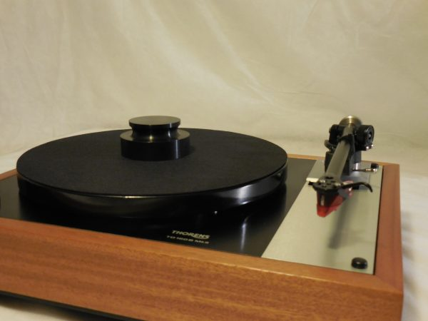Stunning Thorens TD-160BC  in African Mahogany with rewired Rega RB-300 arm & Ortofon 2M Red cartridge 01