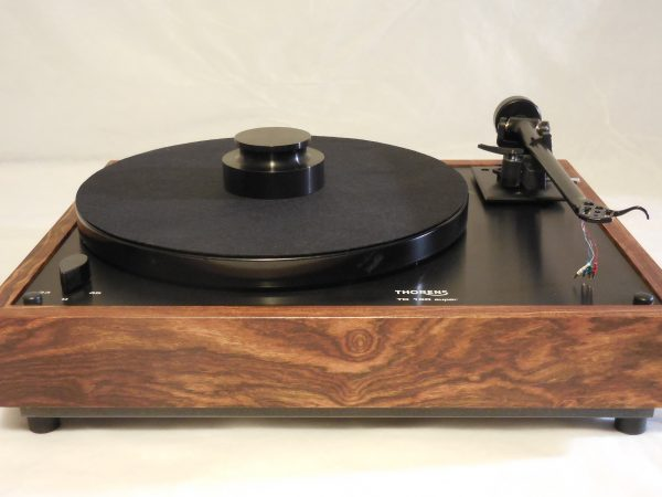 Custom Thorens TD-160 Super Reproduction, Midnight Edition (ME), Upgraded Rega (Moth) RB-202 arm, Caribbean Rosewood Plinth 02