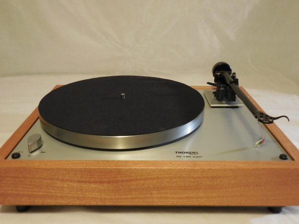 Custom Thorens TD-160 Super Reproduction, Upgraded Rega (Moth) RB-202 arm, African Mahogany Plinth 02