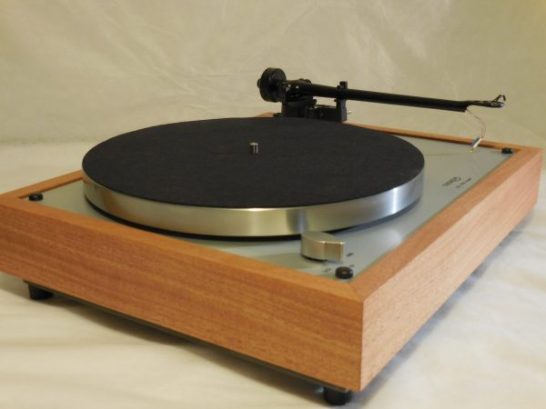 Custom Thorens TD-160 Super Reproduction, Upgraded Rega (Moth) RB-202 arm, African Mahogany Plinth 01