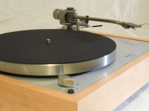 Custom Thorens TD-160 Super Reproduction, new Jelco 750D tonearm, Quarter-sawn Cherry Plinth 01