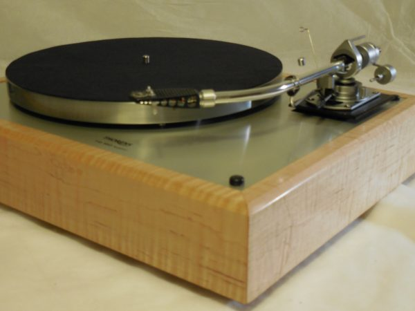 Custom Thorens TD-160 Super (Original), Rewired vintage SME 3009 arm, Tiger Maple Plinth 03