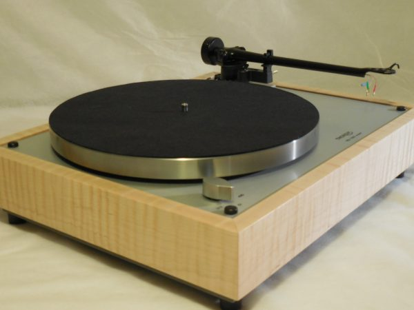 Custom Thorens TD-160 Super Reproduction, Upgraded Rega (Moth) RB-202 arm, Tiger Maple Plinth 02