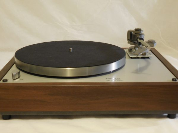 Custom Thorens TD-160 Super Reproduction, new Jelco 750D tonearm, Peruvian Walnut Plinth 03