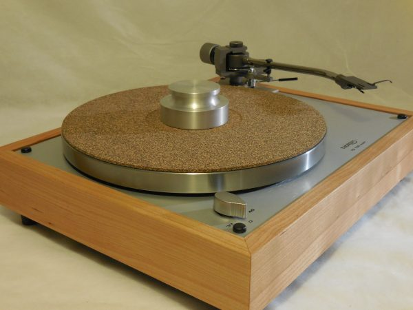 Gorgeous Thorens TD-160 Super Reproduction, new Jelco 750D tonearm, Quarter-sawn Cherry Plinth 03