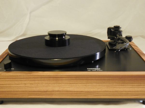 Custom Thorens TD-160 Super Reproduction, Midnight Edition (ME), Jelco 750DB arm, Zebrawood Plinth 01
