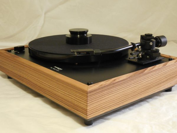 Custom Thorens TD-160 Super Reproduction, Midnight Edition (ME), Jelco 750DB arm, Zebrawood Plinth 02