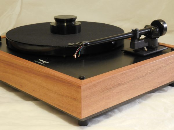 Custom Thorens TD-160 Super Reproduction, Midnight Edition (ME), Upgraded Rega (Moth) RB-202 arm, Tiger Wood Plinth 01