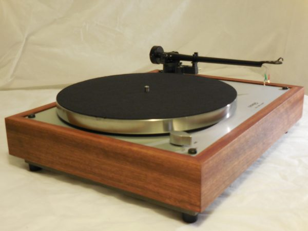 Custom Thorens TD-160 Super Reproduction, Upgraded Rega (Moth) RB-202 arm, Caribbean Rosewood plinth 01