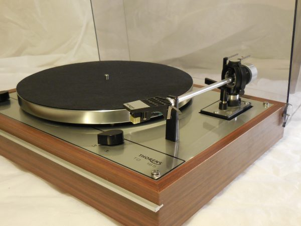 Starter Package! Vintage Thorens TD-165 Turntable, w/used Shure cartridge, new stylus 01