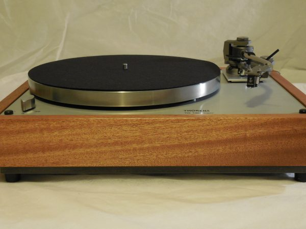 Gorgeous Thorens TD-160 Super Reproduction, new Jelco 750D tonearm, African mahogany plinth 02