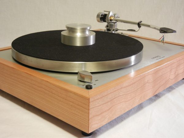 vintage_thorens_td-160_super_turntable_repro_sme_cherry_02