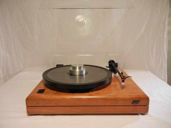 ar_es-1_turntable_maxed_out_rb-301_cherry_02