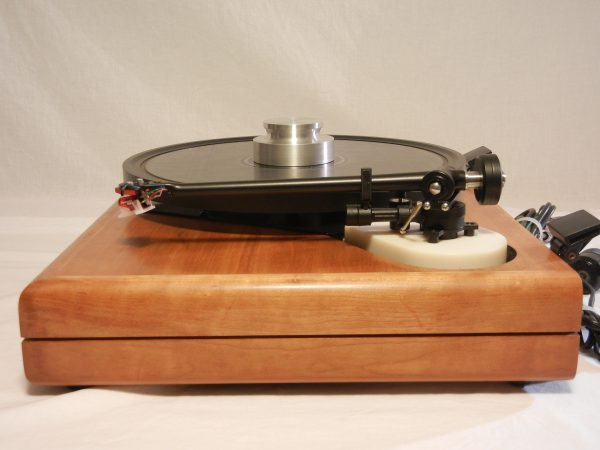 ar_es-1_turntable_maxed_out_rb-301_cherry_03