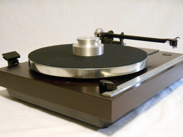 Superb Thorens TD-321 w/Rega RB-300_03