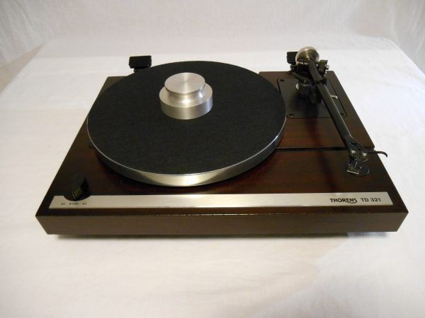 Superb Thorens TD-321 w/Rega RB-300_02