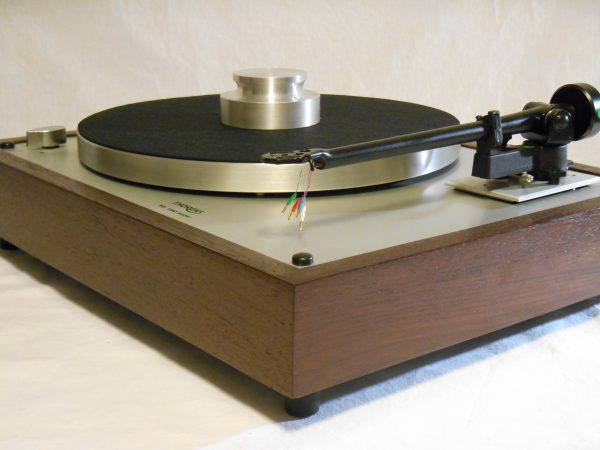 vintage_thorens_td-160_super_turntable_custom_rega_peruvian_walnut_01