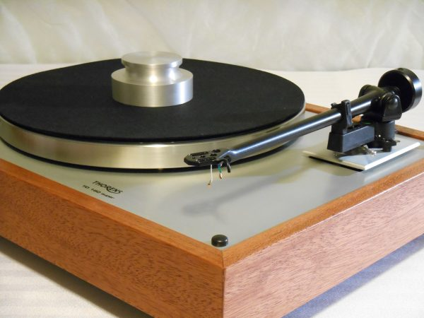 vintage_thorens_td-160_super_turntable_rb-202_brazilian cherry_01