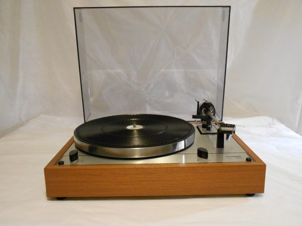 Vintage _Thorens_TD-165_Turntable_may_02