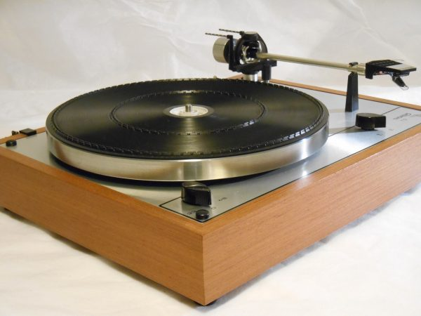 Vintage _Thorens_TD-165_Turntable_may_04