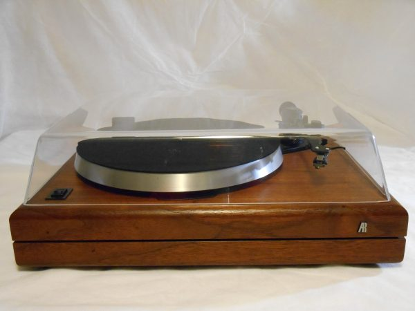 ar_the_turntable_june_2014_10