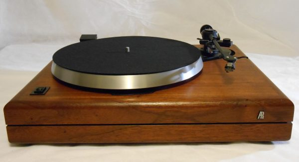 ar_the_turntable_june_2014_02
