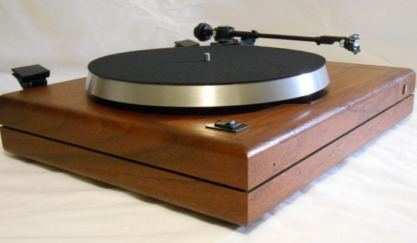ar_the_turntable_june_2014_05