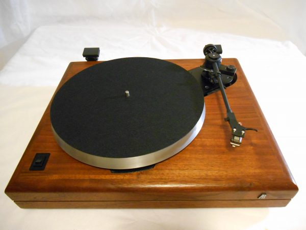 ar_the_turntable_june_2014_06