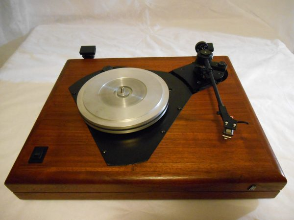 ar_the_turntable_june_2014_07
