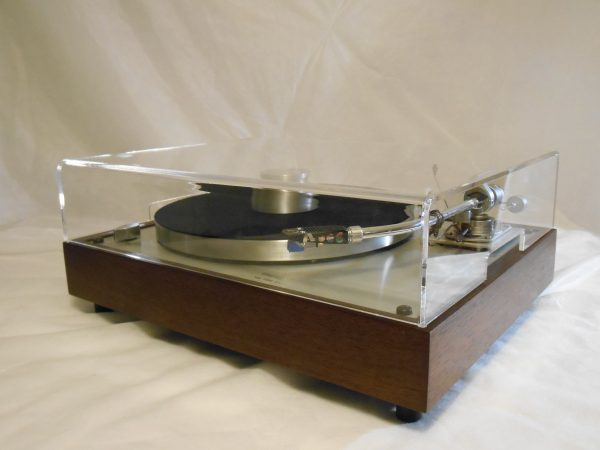 vintage_thorens_td-160_super_peruvian_walnut_rewired_sme_01