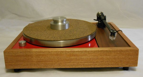 The fabulous Bren record weight is added.  I love the combo of the cork-rubber mat and this weight.