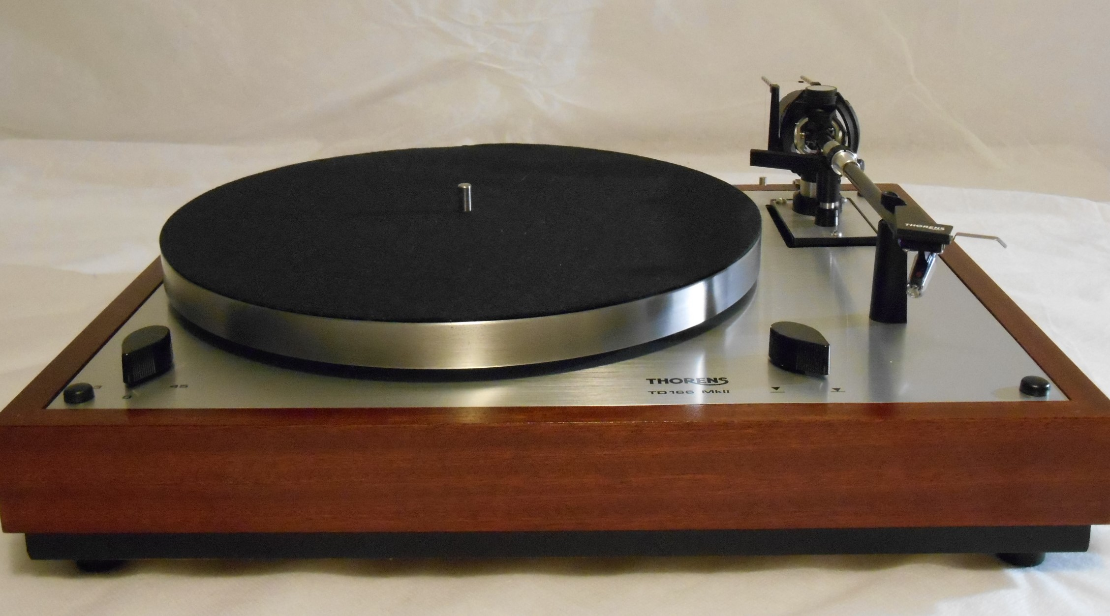 Thorens Turntable Thorens Td-166 Mkii Turntable