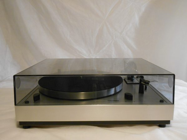 Overall a nice looking turntable with very good performance