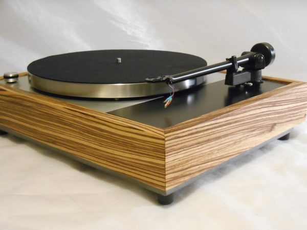 Vinyl Nirvana's VN-150! A Transformed Thorens TD-150 in custom Peruvian walnut plinth, Upgraded Rega (Moth) RB-202 Tonearm, Music Hall Cruise Control 03