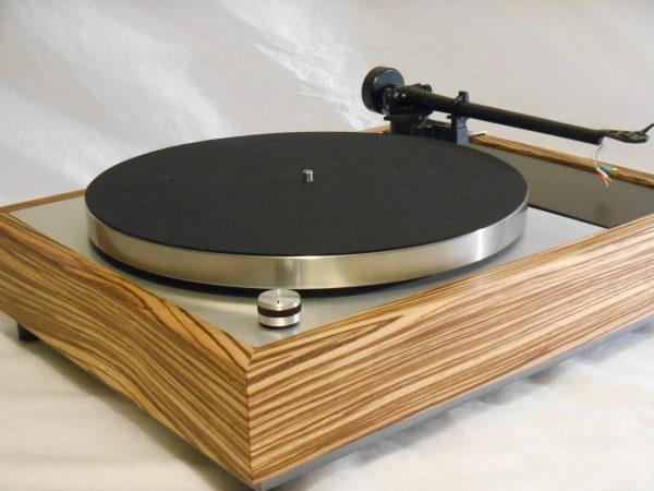 Vinyl Nirvana's VN-150! A Transformed Thorens TD-150 in custom Peruvian walnut plinth, Upgraded Rega (Moth) RB-202 Tonearm, Music Hall Cruise Control 01