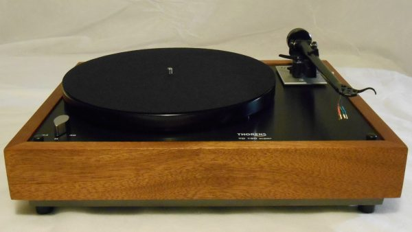 Thorens TD-160 Super Reproduction, Midnight Edition (ME), Upgraded Rega (Moth) RB-202 arm, Sipo Plinth 01