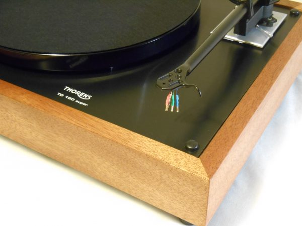 Thorens TD-160 Super Reproduction, Midnight Edition (ME), Upgraded Rega (Moth) RB-202 arm, Sipo Plinth 02
