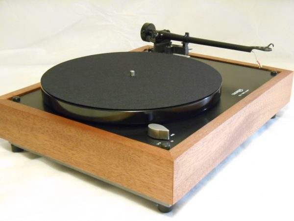 Thorens TD-160 Super Reproduction, Midnight Edition (ME), Upgraded Rega (Moth) RB-202 arm, Sipo Plinth 03